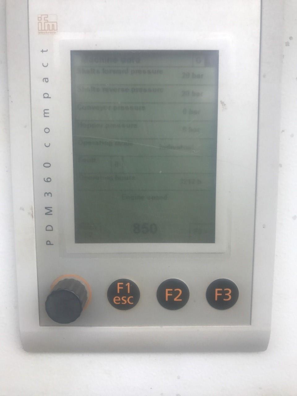 950 DK nr 92 hour meter.jpg
