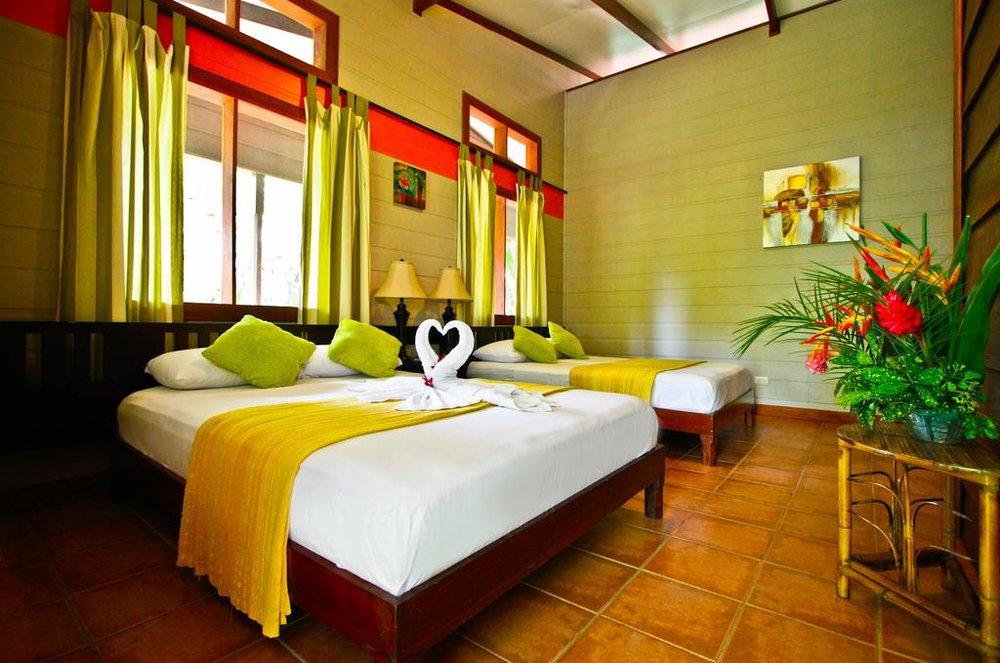 Hotel Pachira Lodge Habitación.jpg