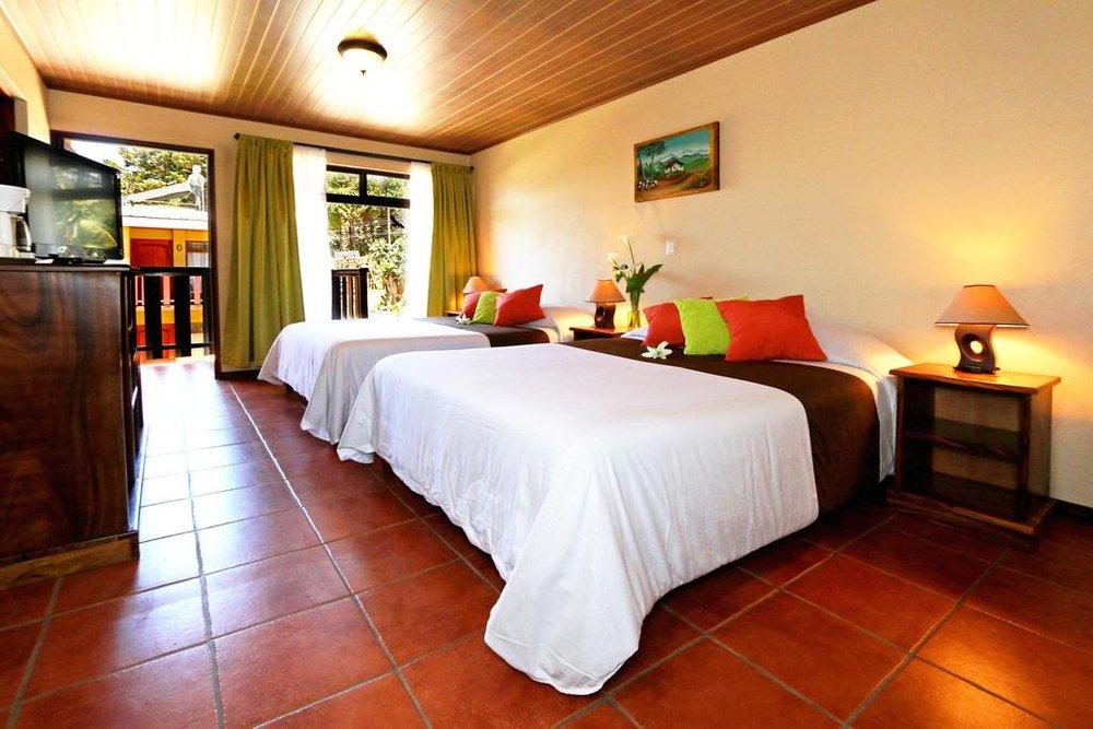 Hotel Monteverde Country Lodge Habitación.jpg