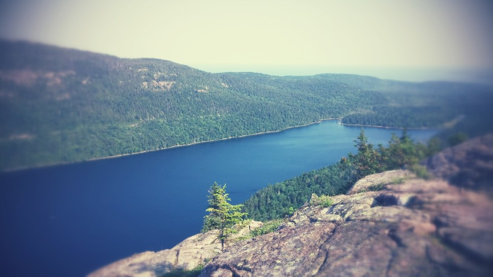 overlook of jordan pond