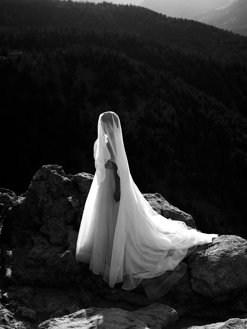 Colorado Elven Cosplay Bridal Portraits Mountain Wedding Photographer_42.jpg