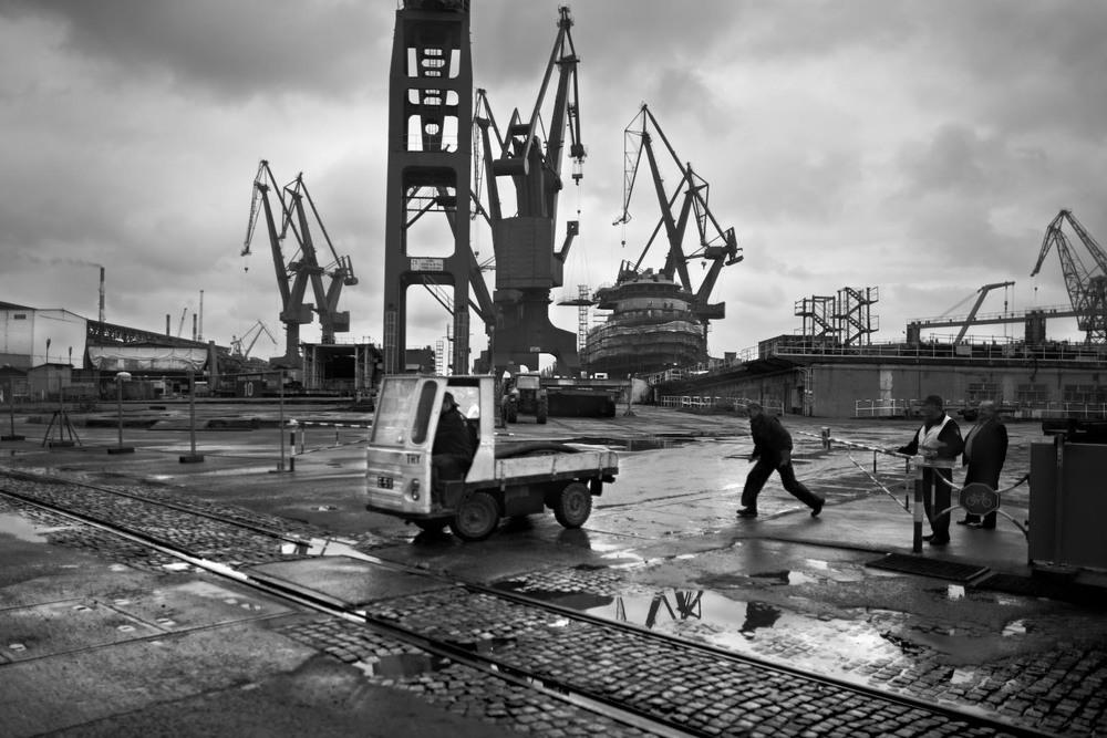 Sinking industry:cwik015.jpg