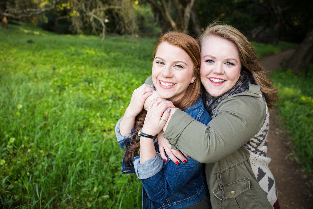 San Jose photographer takes photo of two female best friends at Almaden Quicksilver Park