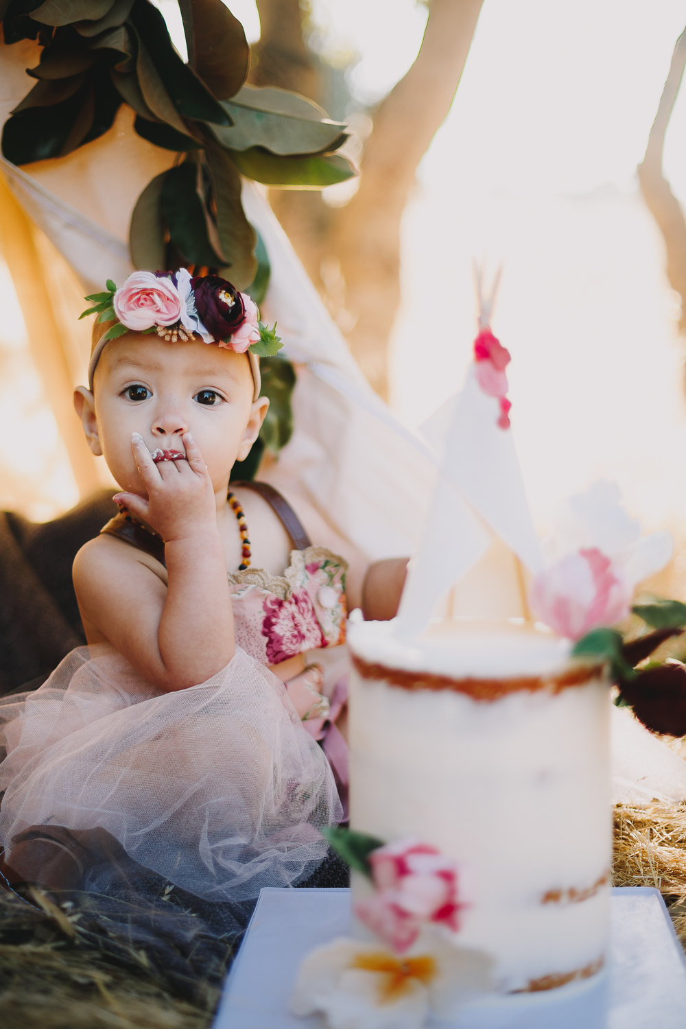 Archer_Inspired_Photography_Olivia_Daisy_Boho_Stylized_One_Year_Old_Cake_Smash_Shoot_Morgan_Hill_California-102.jpg