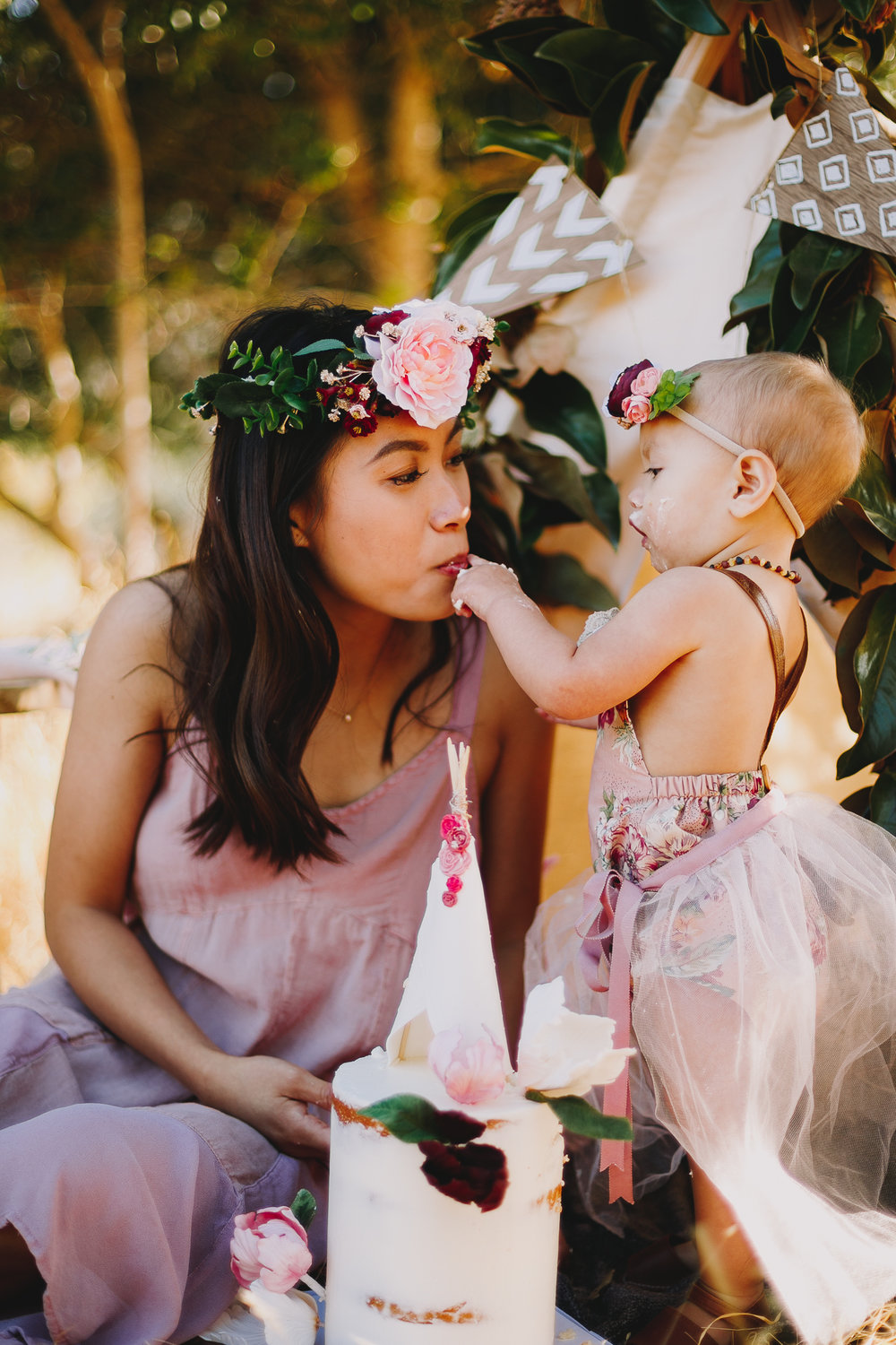 Archer_Inspired_Photography_Olivia_Daisy_Boho_Stylized_One_Year_Old_Cake_Smash_Shoot_Morgan_Hill_California-154.jpg