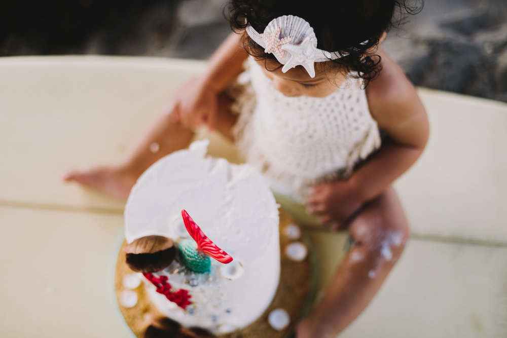 Archer Inspired Photography Cake Smash First Birthday Lifestyle Natural Light Documentary Family Photographer-12.jpg