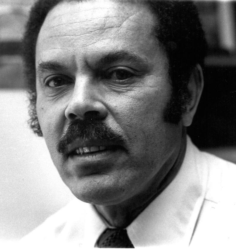 Robert A. Kennard / Architect