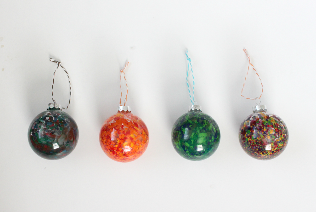 melted crayon ornaments colors and craft