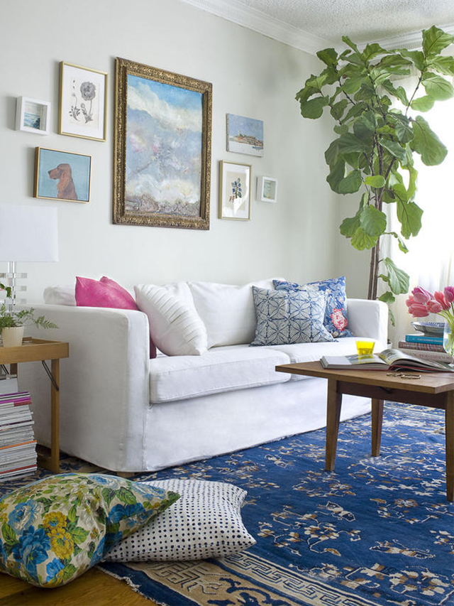 Emily-Henderson-eclectic-living-room-perfect-pillows