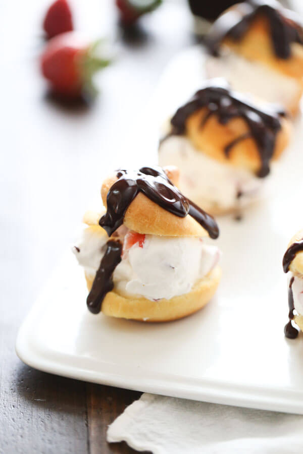 Profiteroles-with-Strawberries-Cream_-9