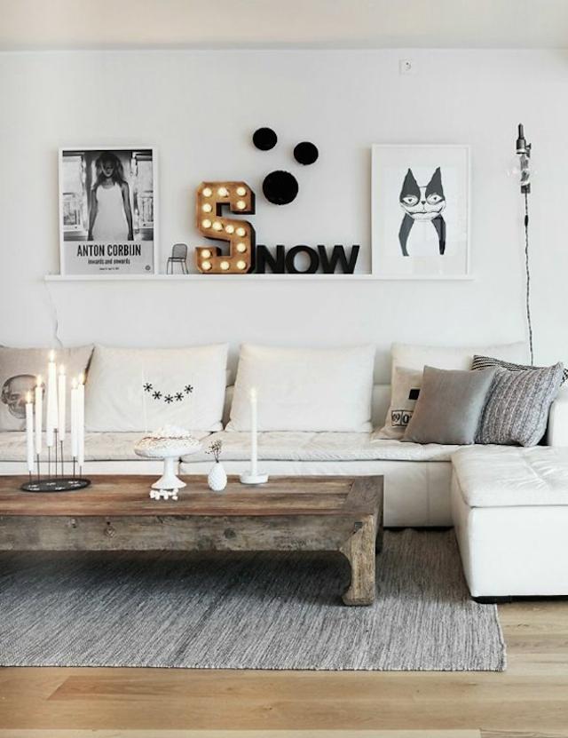 wandgestaltung-wohnzimmer-wandregal-holz-weiß-sofa-couchtisch-holz