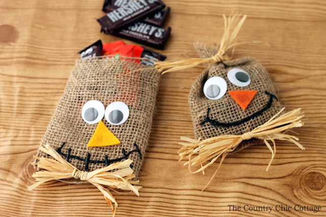 scarecrow-treat-bags-for-Halloween-006