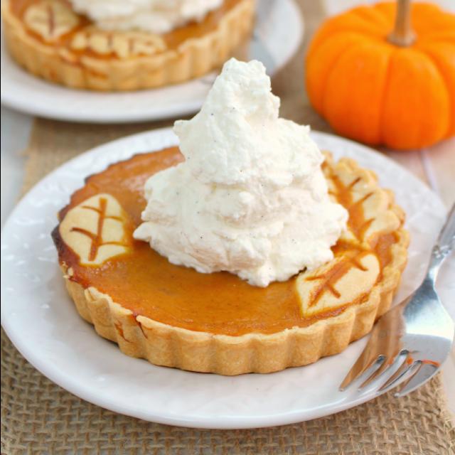 Pumpkin-Pie-Tarts-DelightfulEMade.com-sq2
