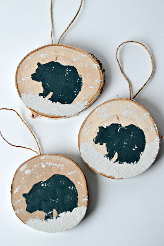 bear wood slice ornament