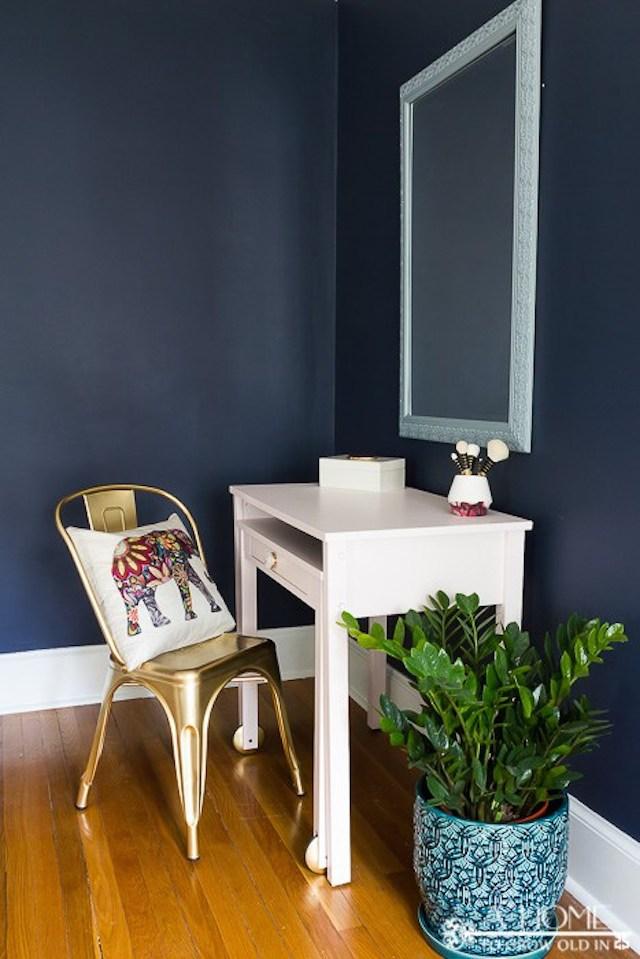 Master-Bedroom-Vanity-2
