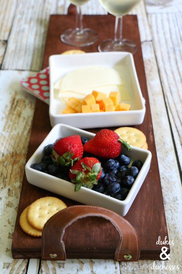 DIY Rustic Tray from  Duke & Duchesses