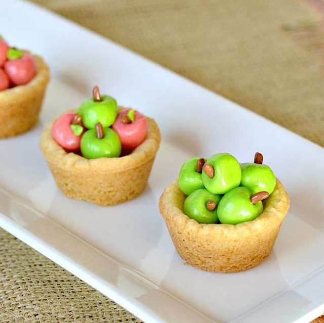 Apple Basket Sugar Cookie Cups from Growing Up Gabel