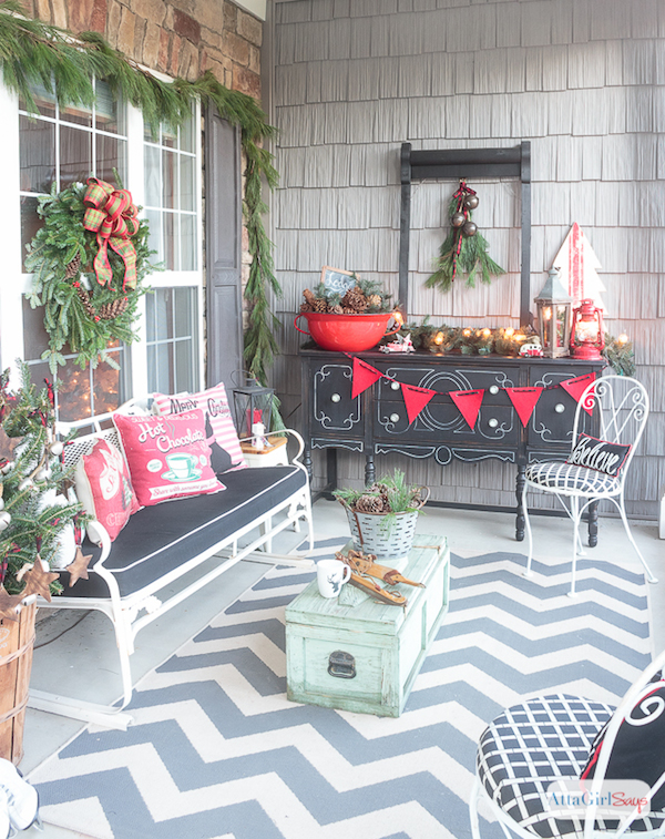 Holiday Porch Decor from Atta Girl Says