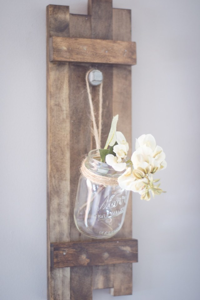 DIY Hanging Vase from North Country Nest