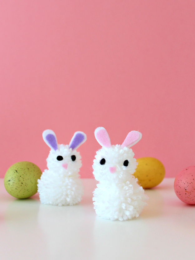DIY Pom Pom Bunnies from White House Crafts