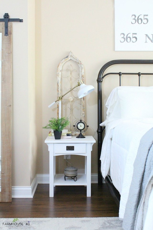 Farmhouse Guest Room Reveal from Farmhouse 40