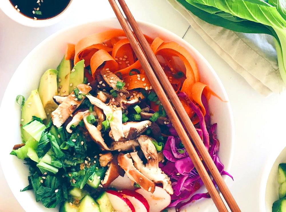 sushi-bowl-nuts-for-veggies.jpg