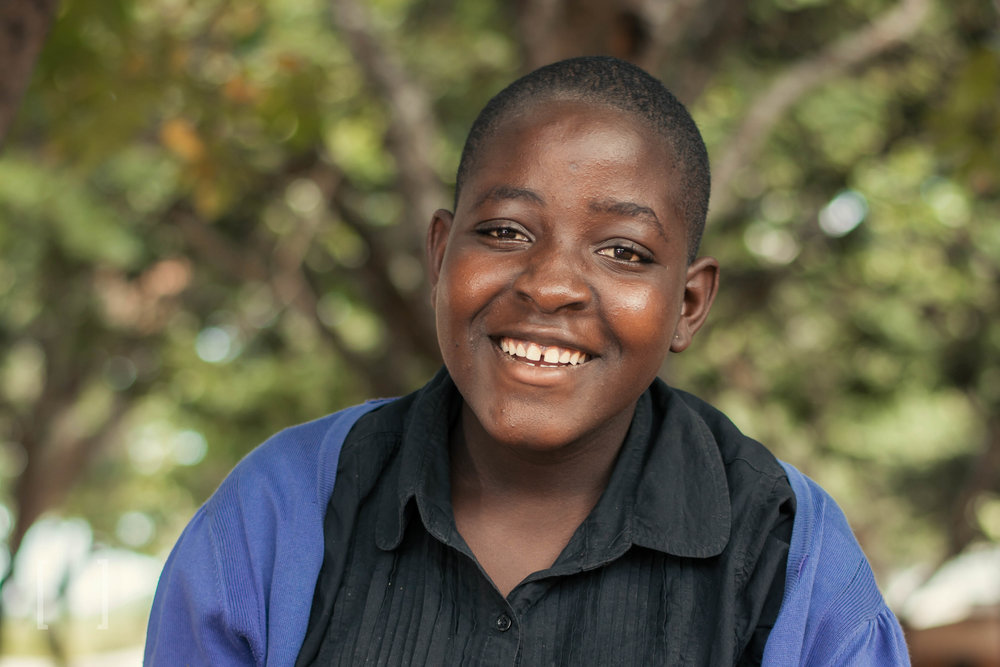 Rute  - Rute enjoys playing with friends and is very healthy. Her favorite school subject is Life Skills. When she grows up, Rute would like to work as a minister. Extend her a helping hand today!