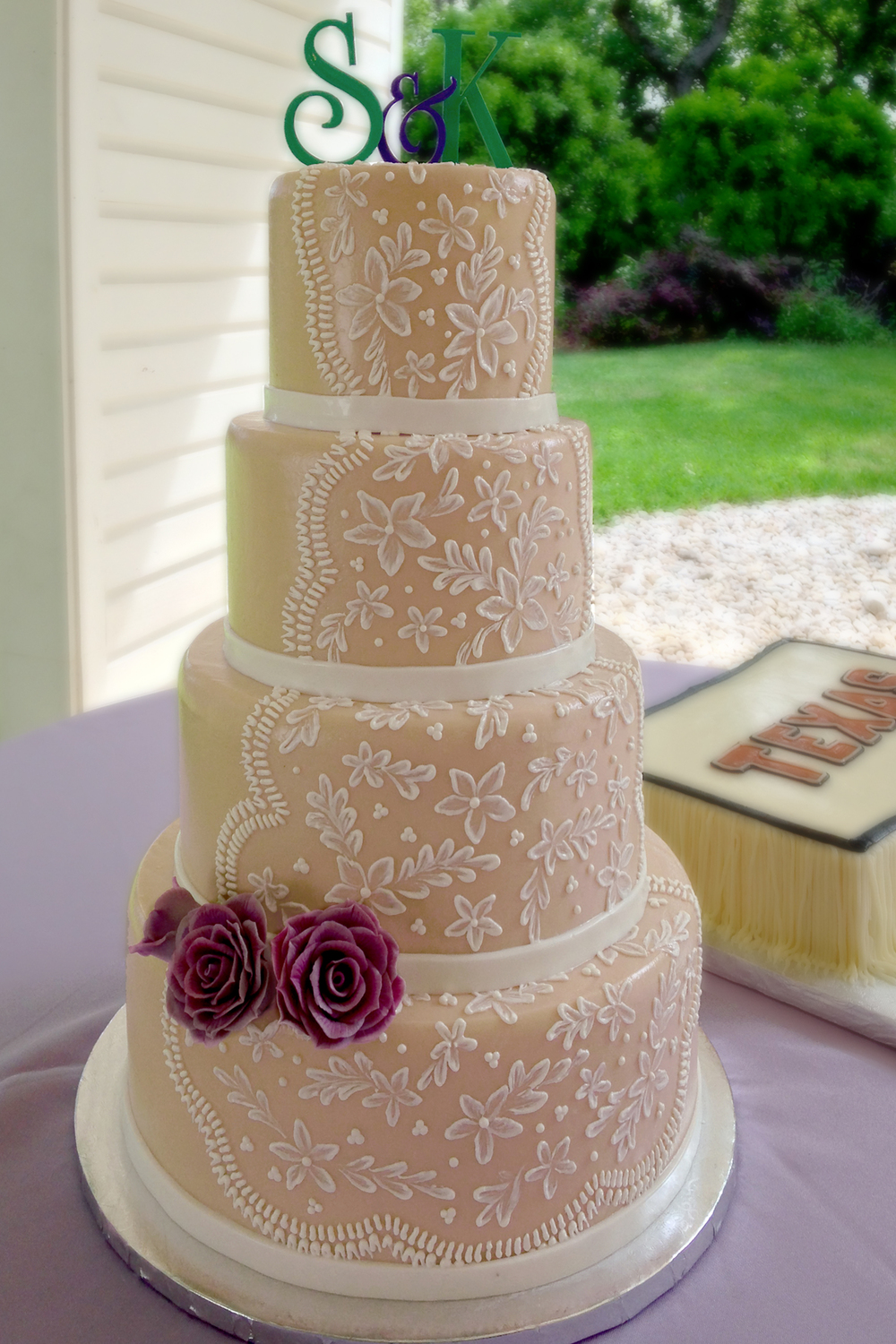 how to hold a wedding cake consultation custom cake orders amp wedding cake consultations sweetish 15741