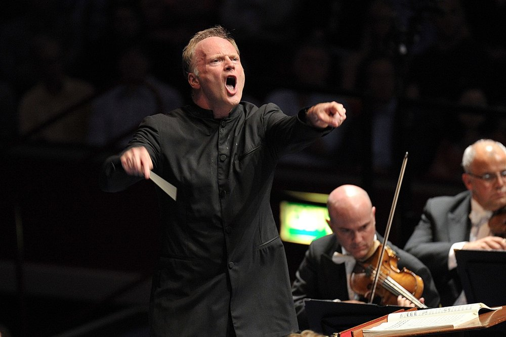 10. Noseda & the NSO play Beethoven -