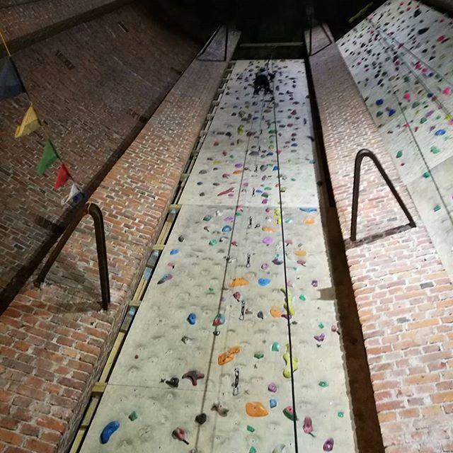 Hieno oli seinä Vaasassa! #leppälintu #arjessa #arjessamme #kiipeily #seikkailukasvatus