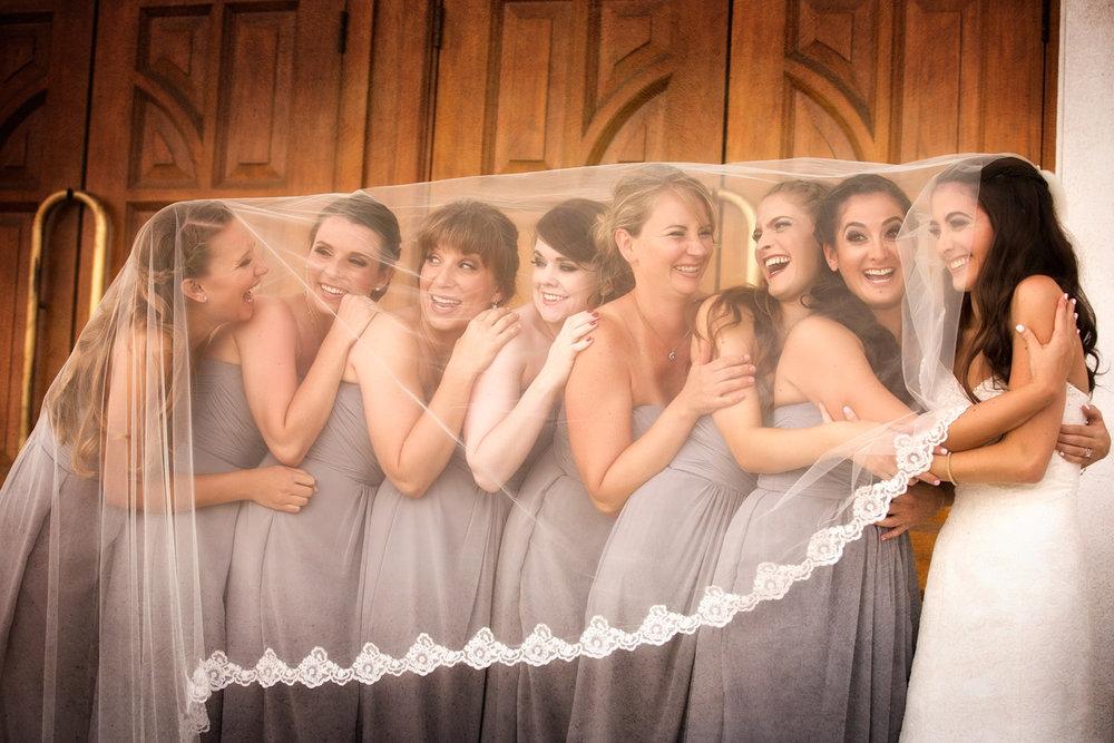 fun-bridesmaids-photo-ideas.jpg