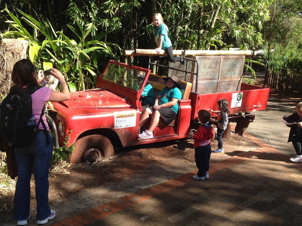 Jeep radio and releas. Perth Zoo 2014.JPG