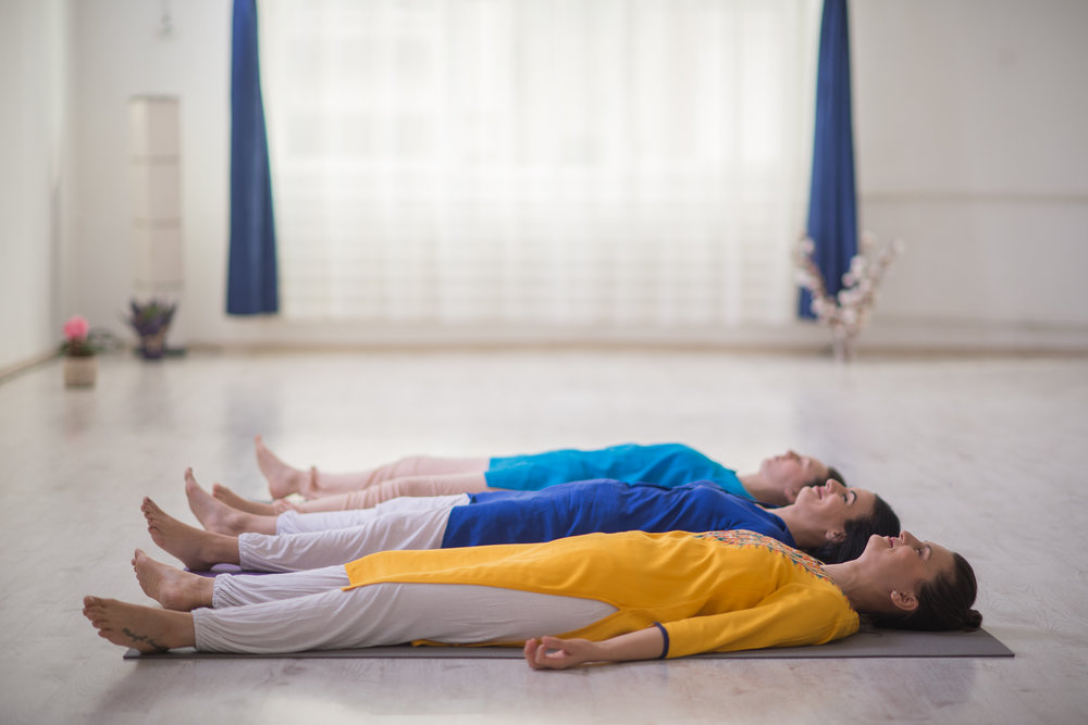 yoga relaxare, antistres