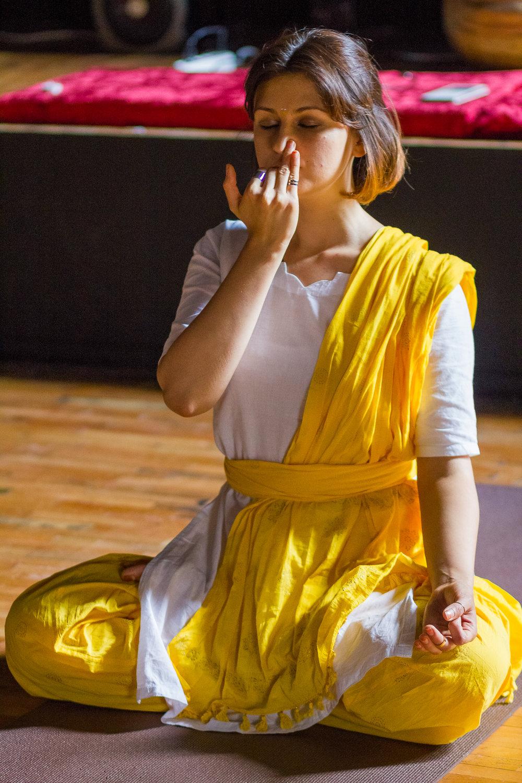 Meditatia Tribanda Pranayama