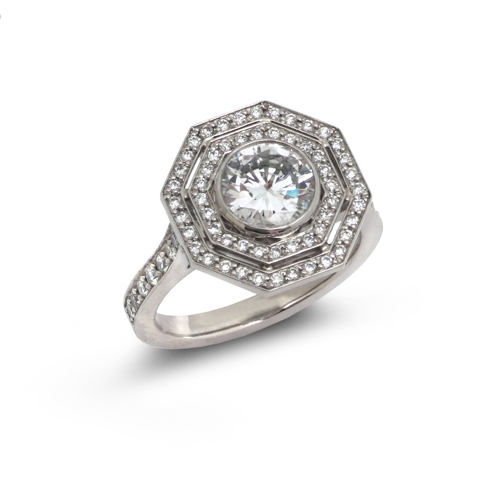 Octagonal diamond target ring top view