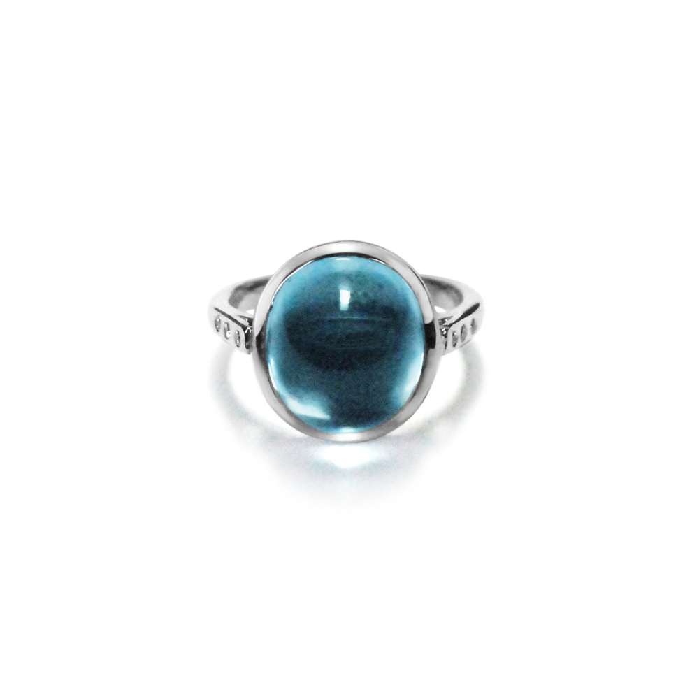 Cabochon-aquamarine-and-18ct-white-gold-ring.jpg