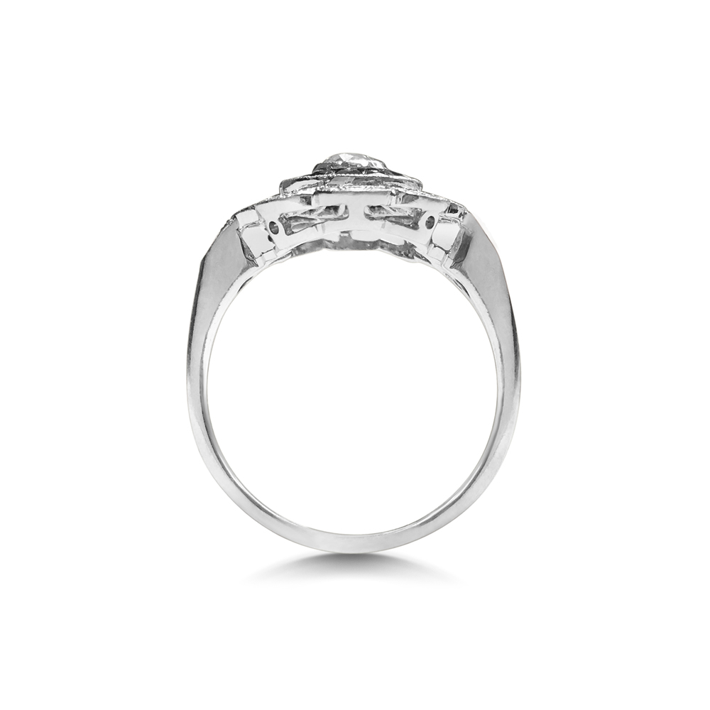 diamond-and-sapphire-rosette-shaped-target-ring-SN92-2.jpg