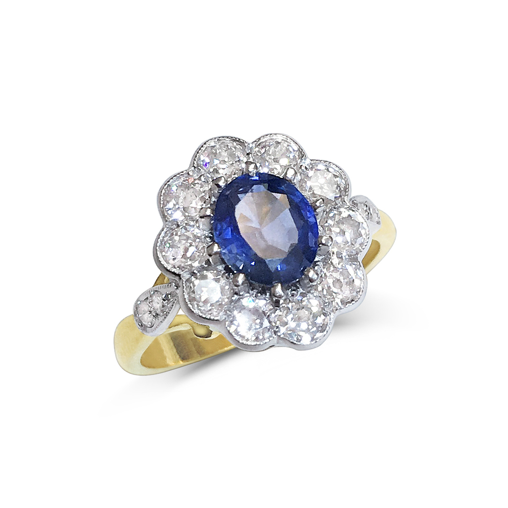 sapphire & diamond oval cluster ring front