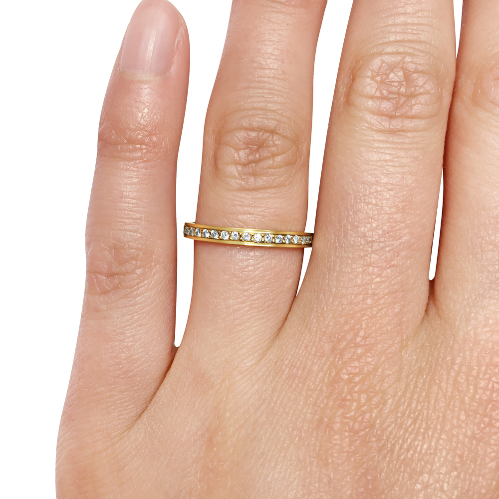 diamond-thread-and grain-set-wedding ring-in-18ct-yellow-gold-SC3-2.jpg