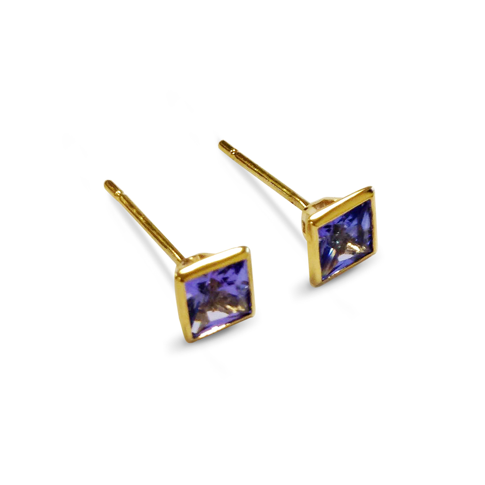 Tanzanite-and-18ct-yellow-gold-ear-studs.jpg