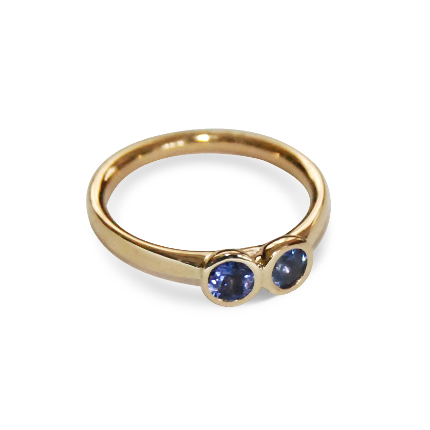 Tanzanite-and-9ct-yellow-gold-stacking-ring.jpg