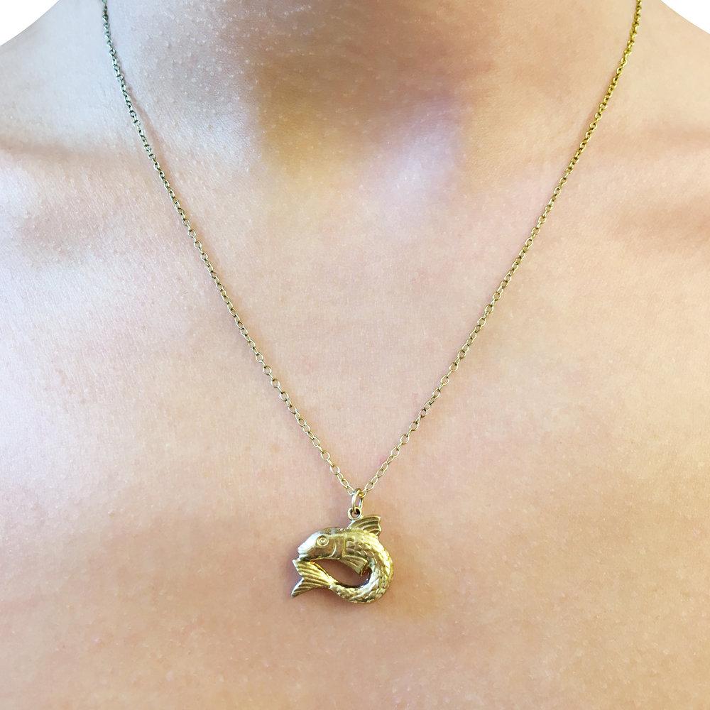 9ct-yellow-gold-fish-charm-pendant-2.jpg