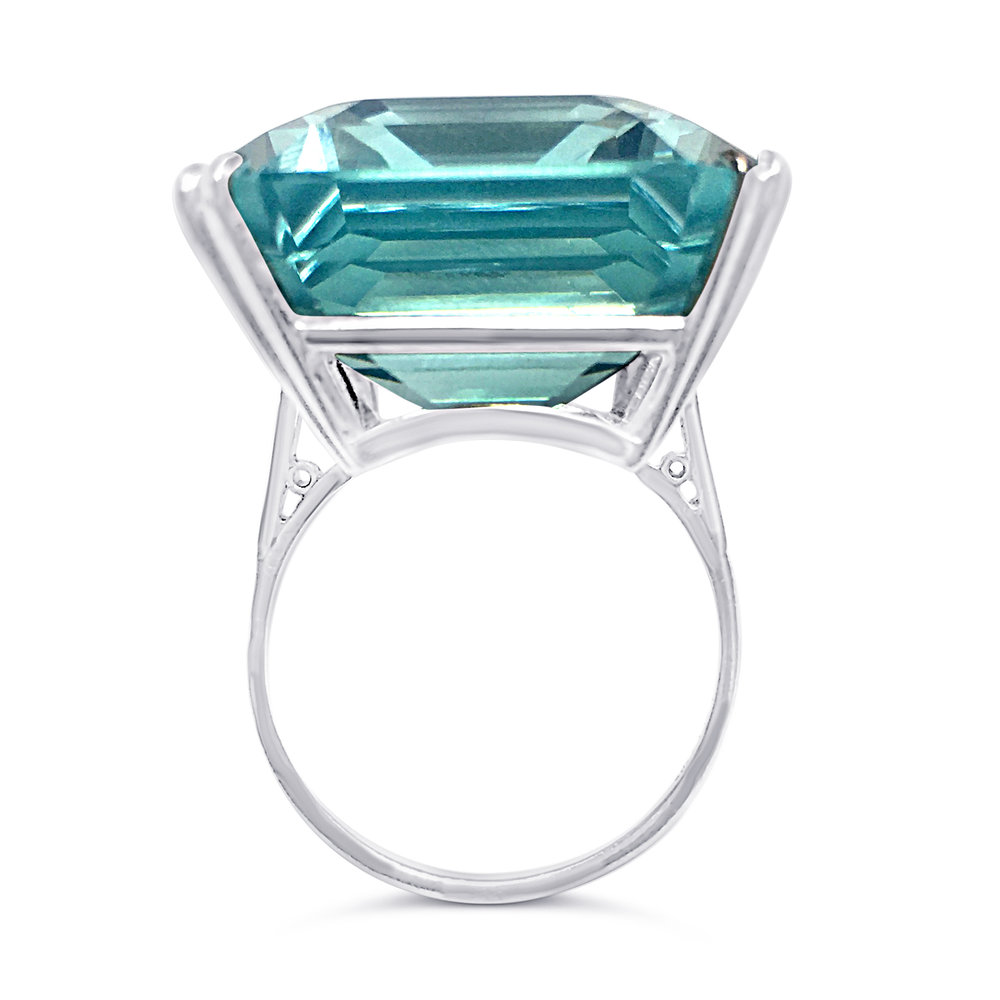 Aquamarine eight claw ring profile