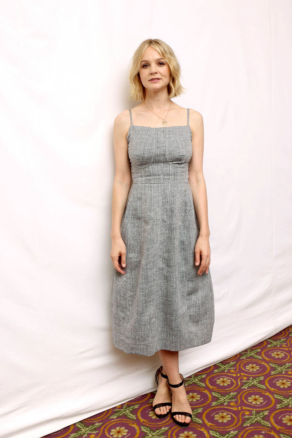 Carey Mulligan Mudbound Photocall at TIFF in Fur & Claw Closed Circle Fur Pendant in Rose Gold look