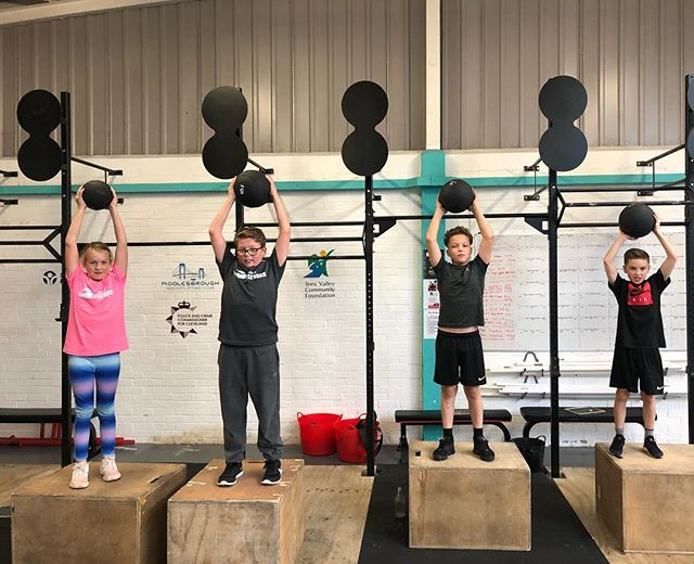 Not all of our children fall into sports and we believe our fitness project could just be thing to fix it.  Our fitness project runs twice weekly from CrossFit Ulysses in Skipper's Lane ind Est Middlesbrough. Currently our sessions cater for 8+ years old with a younger 4-7 in the planning. As were partially funded and a non profit organisation we are able to keep our sessions to £2.50 making it affordable to all. Live In Grangetown or Southbank? Kids get 3 months free as part of our work with @redcar.cleveland  Monday 4pm & Wednesday 5.15pm  Helping social integration, find fitness can be fun and carry healthy habits into teen and adult life. #britishweightlifting #healthymifdlesbrough #healthyteesside