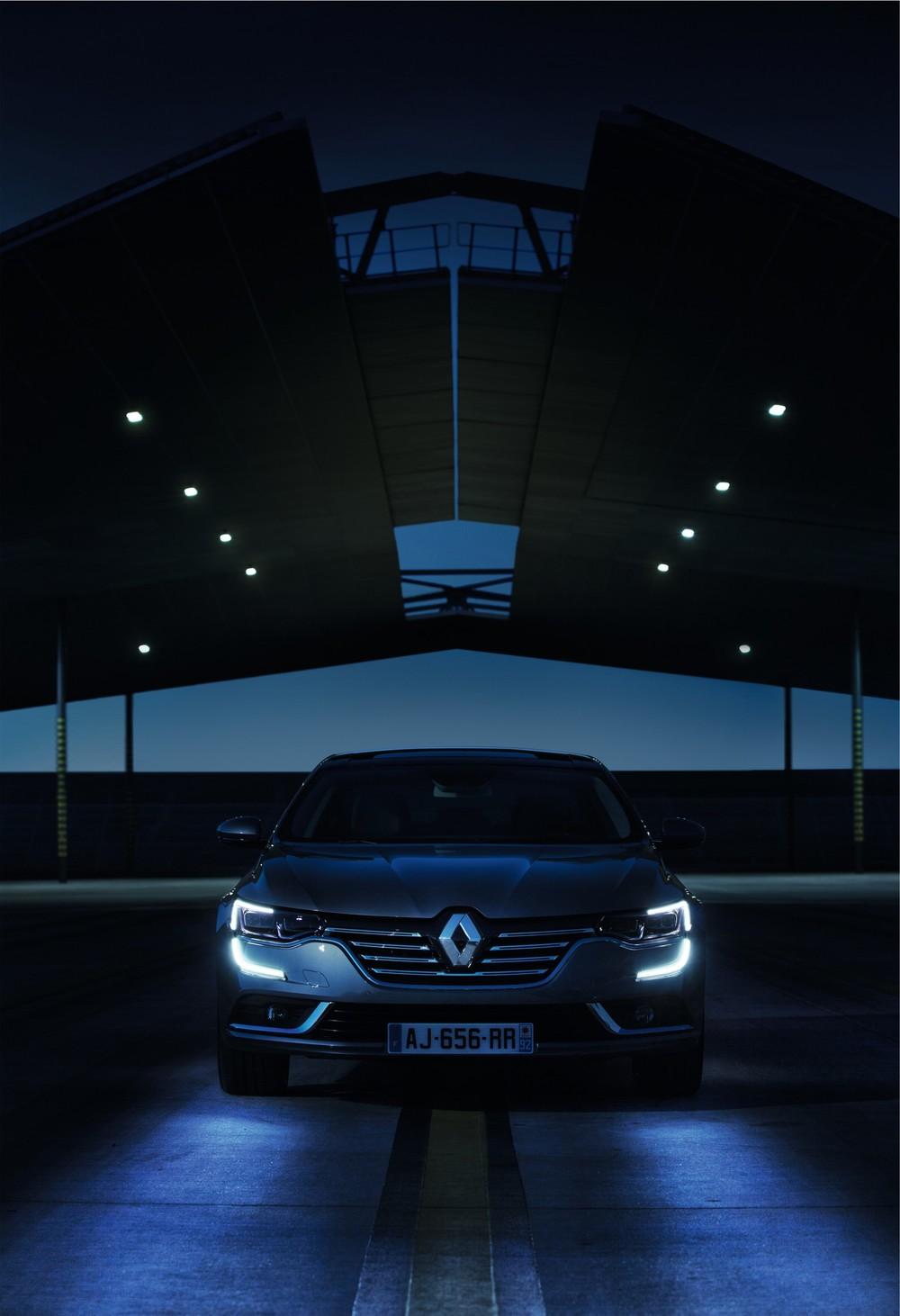 Renault_69956_global_en.jpg