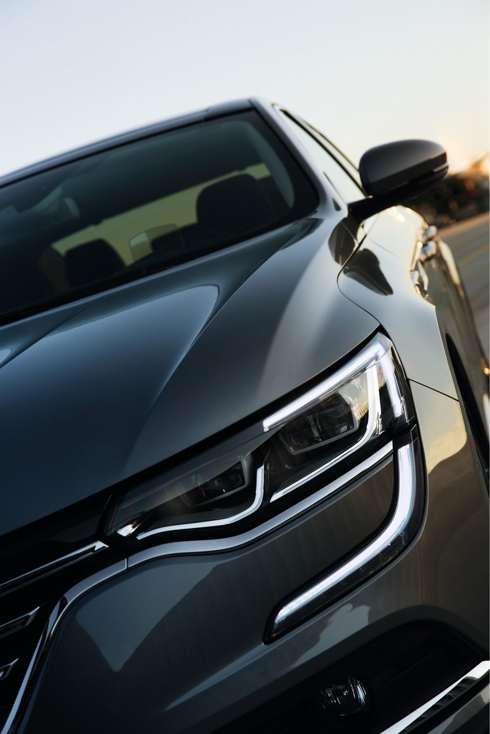 Renault_69957_global_en.jpg