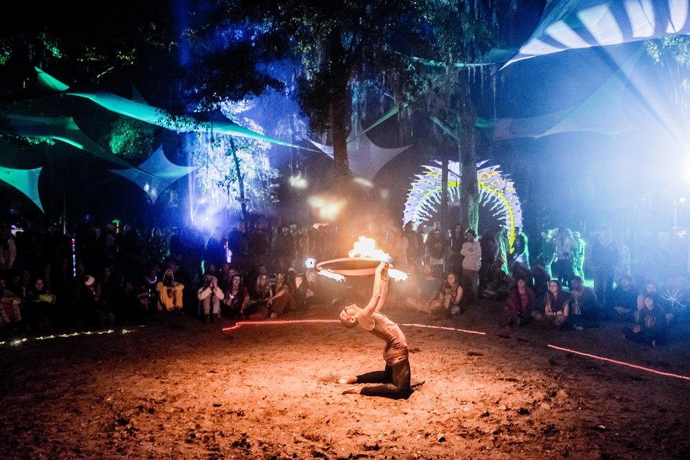 10-30-15_DSC02171_Hulaween_Music_Festival_Spirit_Lake_by_Dave_Vann.jpg