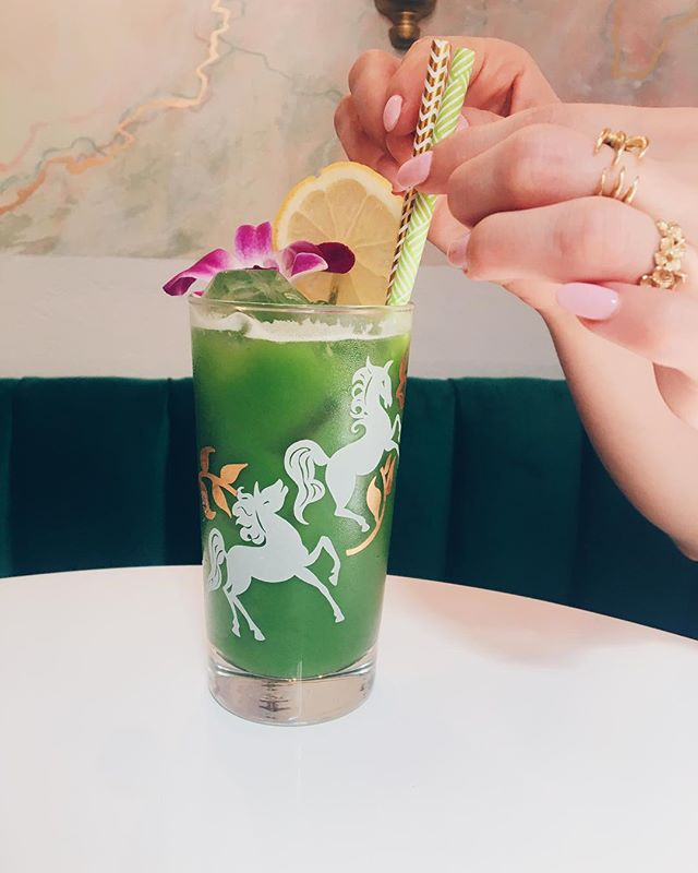 Unicorns are made of kale, banana, & cocchi americano. . . . #fromrhumtowhiskey #cocktail #cocktails #imbibe #imbibegram #DRAAAANKS #foodandwine #punchdrink #timeoutnewyork #eaterny #cocchiamericano #nytimesfood #bourbonbartender #cubancocktails