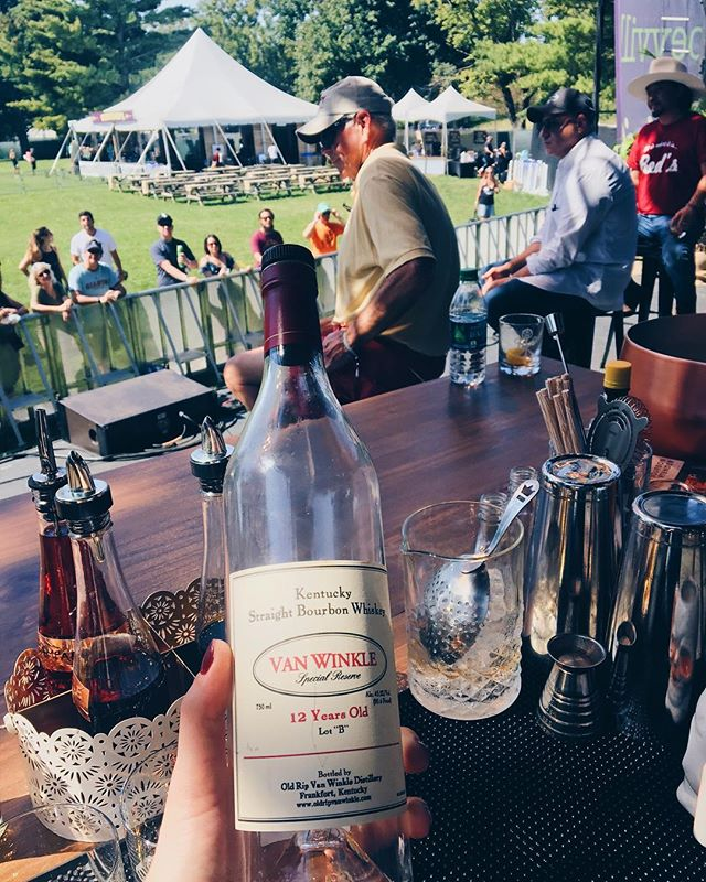"Goooood morning Louisville!! Just pouring a little Pappy for @tomcolicchio @jvanwinkle7 @chefedwardlee @fredminnick at #bourbonandbeyond ""Breaking the Bootlegger"" discussion. . . . #fromrhumtowhiskey #bartender #barlife #drink #buzzfeedtasty #nytimesfood #bourbon #kentucky #cocktails #imbibe #imbibegram #pappyvanwinkle #whiskeyadvocate"